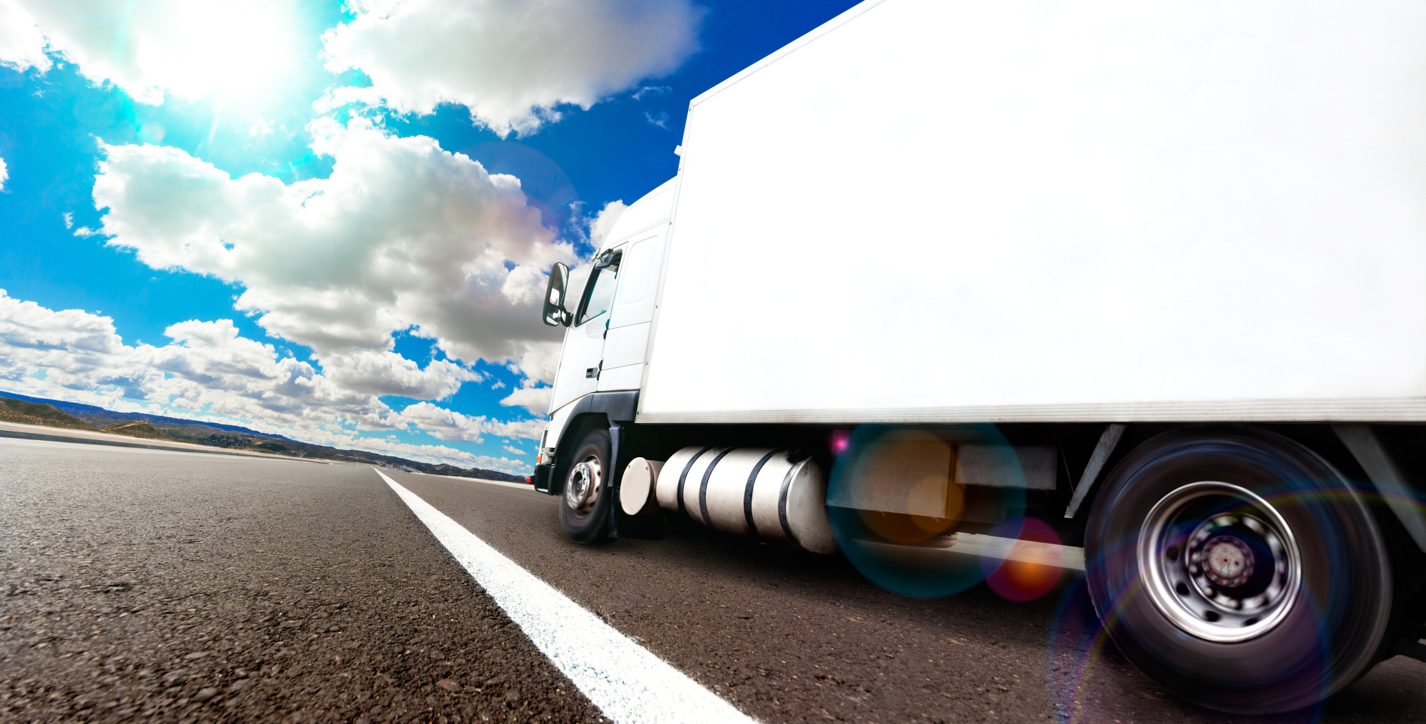 SeaRates Blog: How Is a Truckload Freight Rate Calculated?
